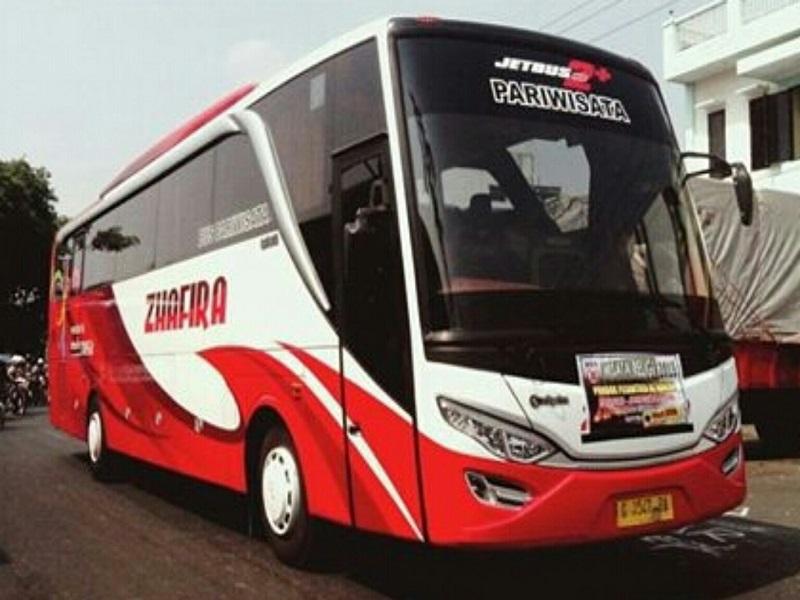 Sewa Mobil Malang Murah Kota Malang, Jawa Timur Zhafira Trans
