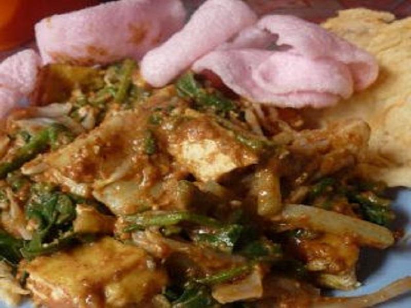 Resep Lotek Makanan Khas Sunda