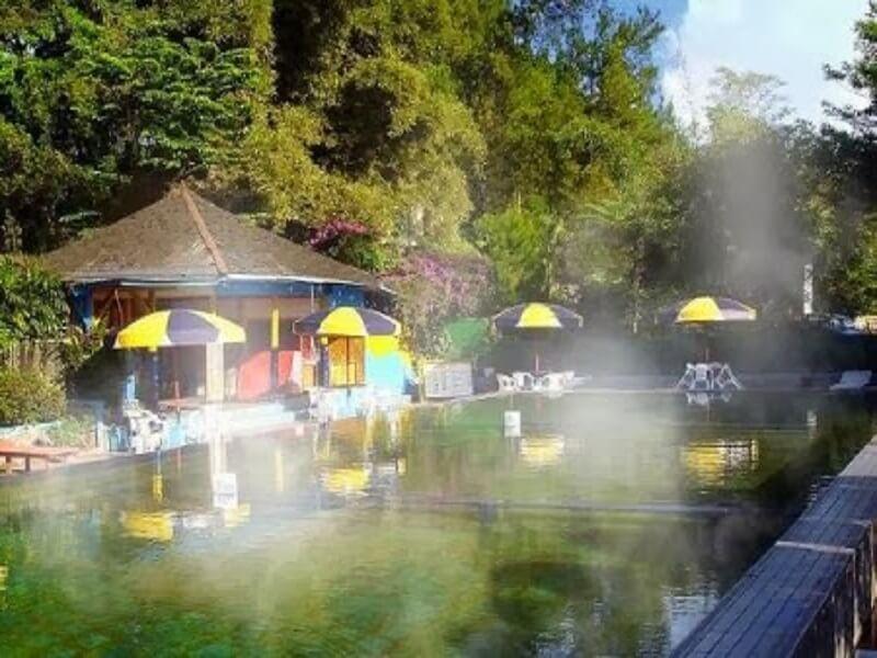 Tempat Wisata Air Panas Ciater Di Bandung