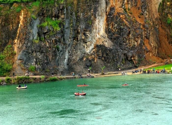 Tempat Wisata Bogor Danau Quarry