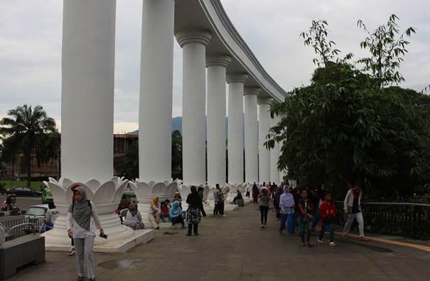 Wisata Bogor Lawang Salapan