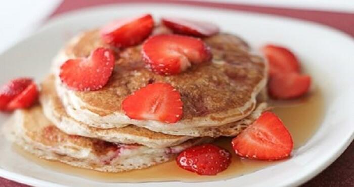Resep Pancake Strawberry Kayu Manis